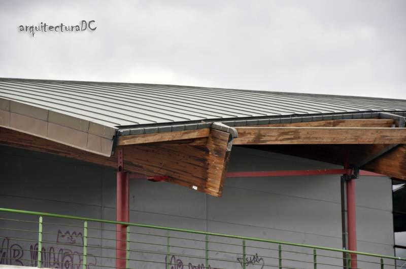 328 cubierta de madera laminada 1 de 2 arquitectura de cerca - Cubiertas de madera laminada ...