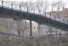 [672] Estructura de pasarela peatonal (4)